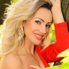 Charming mail order bride Elena, 39 yrs.old from Berdyansk, Ukraine