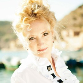 Single mail order bride Viktoria, 48 yrs.old from Sevastopol, Russia