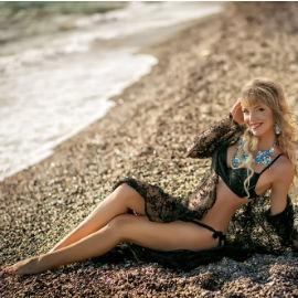 Pretty girlfriend Irene, 31 yrs.old from Simferopol, Ukraine