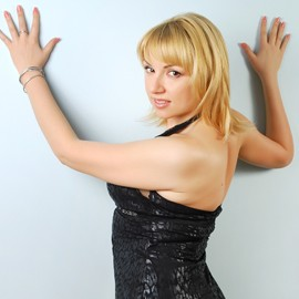 Gorgeous bride Inna, 34 yrs.old from Gorlovka, Ukraine