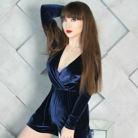 Pretty girlfriend Anna, 32 yrs.old from Kiev, Ukraine