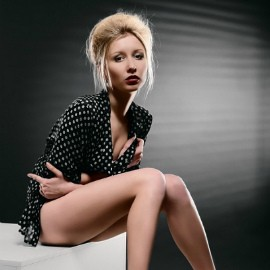 Amazing mail order bride Galina, 26 yrs.old from Simferopol, Russia