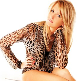 Gorgeous miss Olesia, 26 yrs.old from Lugansk, Ukraine
