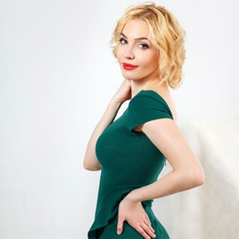 Hot wife Taisiya, 38 yrs.old from Nikolaev, Ukraine