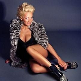Gorgeous miss Alyona, 25 yrs.old from Kiev, Ukraine