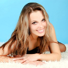 Pretty bride Yelena, 32 yrs.old from Sumy, Ukraine