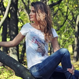 Nice mail order bride Alina, 28 yrs.old from Krivoy Rog, Ukraine