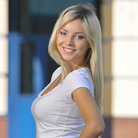 Charming mail order bride Aleksandra, 30 yrs.old from Poltava, Ukraine