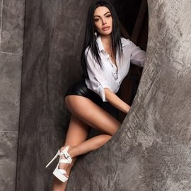 Pretty bride Alina, 34 yrs.old from Kiev, Ukraine