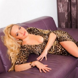 Gorgeous wife Maria, 43 yrs.old from Odessa, Ukraine