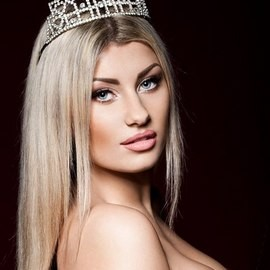 Sexy wife Julia, 25 yrs.old from Kiev, Ukraine