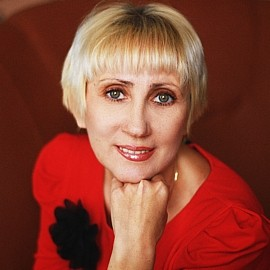 Single lady Irina, 49 yrs.old from Simferopol, Russia