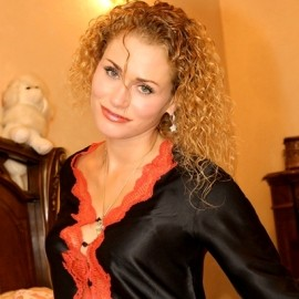 Charming pen pal Evelina, 44 yrs.old from Kiev, Ukraine