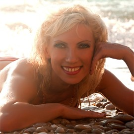 Nice mail order bride Oksana, 37 yrs.old from Simferopol, Russia