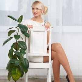 Gorgeous miss Eleonora, 43 yrs.old from Kiev, Ukraine