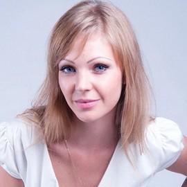 Single wife Anna, 24 yrs.old from Odessa, Ukraine