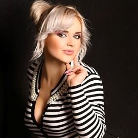 Beautiful wife Irina, 31 yrs.old from Alushta, Russia