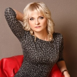 Charming pen pal Oksana, 35 yrs.old from Alushta, Russia