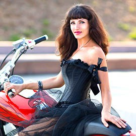 Gorgeous bride Anna, 37 yrs.old from Sevastopol, Russia