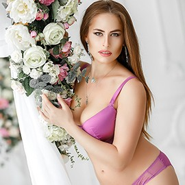 Single girl Elena, 28 yrs.old from Odessa, Ukraine