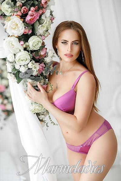 Single girl Elena, 29 yrs.old from Odessa, Ukraine