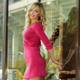 Sexy mail order bride Alina, 26 yrs.old from Poltava, Ukraine