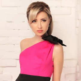 Charming mail order bride Alina, 35 yrs.old from Donetsk, Ukraine