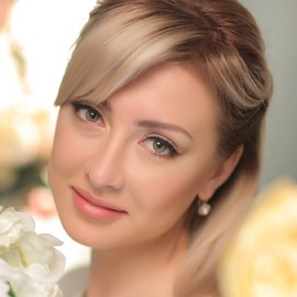 Single mail order bride Alina, 35 yrs.old from Donetsk, Ukraine