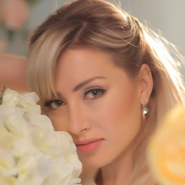 Amazing mail order bride Alina, 35 yrs.old from Donetsk, Ukraine