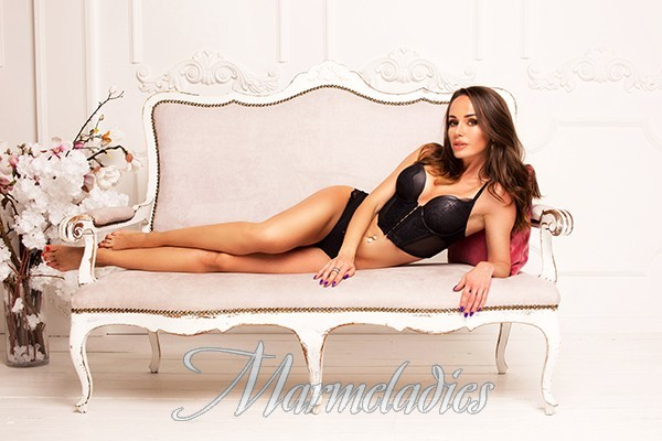 Sexy miss Alesya, 31 yrs.old from Kiev, Ukraine