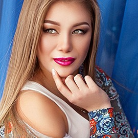 Charming wife Roksolana, 23 yrs.old from Kiev, Ukraine