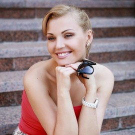 Charming wife Yuliya, 39 yrs.old from Krivoy Rog, Ukraine