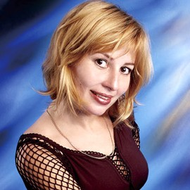 Pretty miss Oksana, 46 yrs.old from Odessa, Ukraine