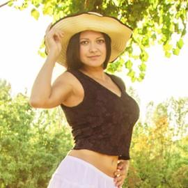 Single lady Elena, 28 yrs.old from Kiev, Ukraine