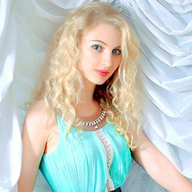 Nice woman Yelena, 30 yrs.old from Sumy, Ukraine
