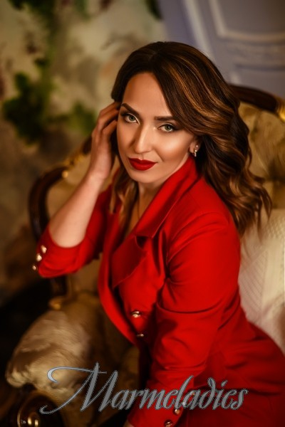 Amazing mail order bride Elena, 32 yrs.old from Makeevka, Ukraine