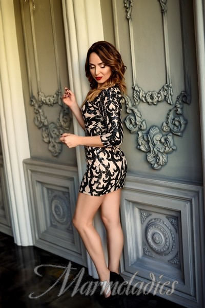 Beautiful mail order bride Elena, 32 yrs.old from Makeevka, Ukraine