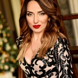 Gorgeous mail order bride Elena, 30 yrs.old from Makeevka, Ukraine