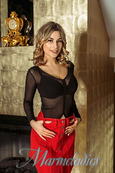 Hot woman Ludmila, 25 yrs.old from Kishinev, Moldova
