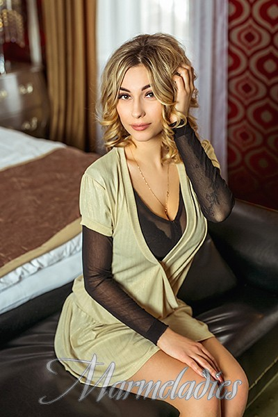 Nice woman Ludmila, 25 yrs.old from Kishinev, Moldova