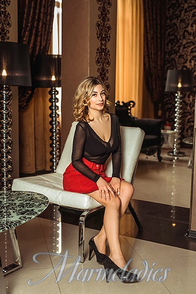 Sexy woman Ludmila, 25 yrs.old from Kishinev, Moldova