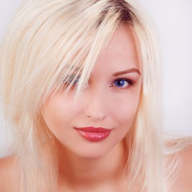 Hot miss Elena, 28 yrs.old from Yalta, Russia