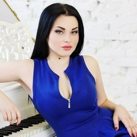 Hot girlfriend Roxolana, 22 yrs.old from Dnipropetrovsk, Ukraine