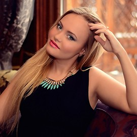 Charming wife Elina, 25 yrs.old from Kiev, Ukraine