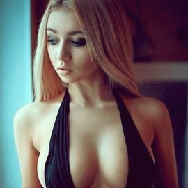 Gorgeous girlfriend Polina, 23 yrs.old from Kiev, Ukraine