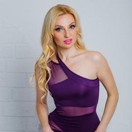 Amazing mail order bride Elena, 32 yrs.old from Nikolaev, Ukraine