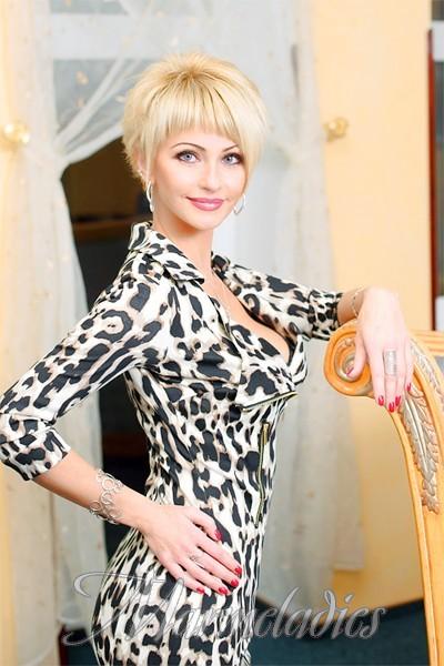 Gorgeous bride Olga, 41 yrs.old from Sumy, Ukraine