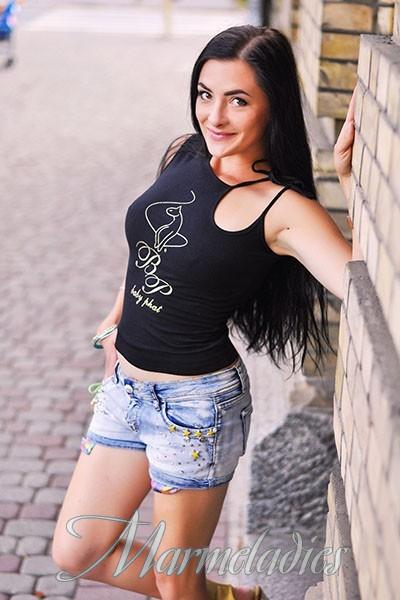 Gorgeous girlfriend Anna, 38 yrs.old from Poltava, Ukraine