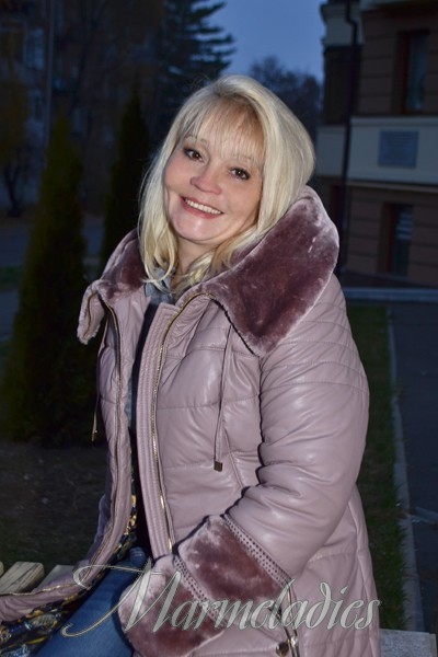 Devoted And Committed Russian Wife 70