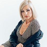 Charming wife Oksana, 47 yrs.old from Zaporijie, Ukraine